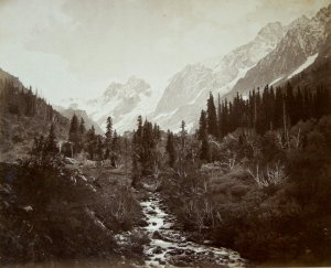 Glaciers in the Scinde Valley - Cashmere